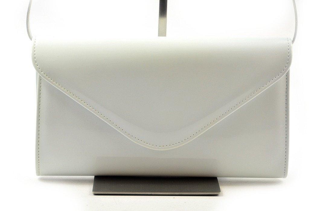 5580d971825b8 TOREBKA kopertówka wizytowa lakierowana biała - Torebki wieczorowe