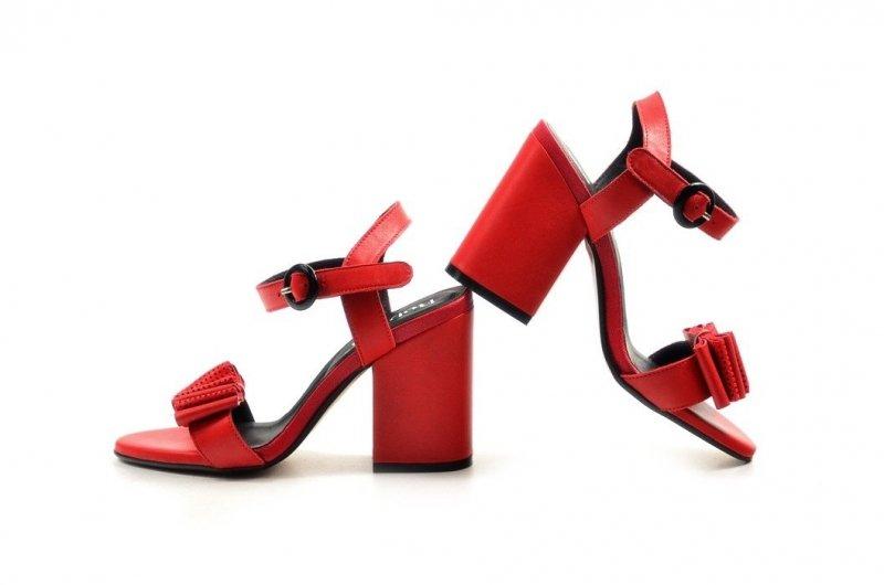 Sandałki 38 słupek ROBSON skóra 2233 czerwone