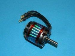 Silnik EMAX GT2215/10 [276W]