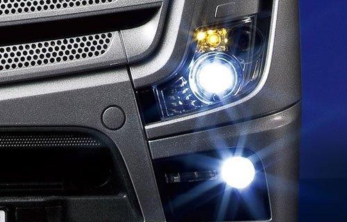 Mercedes-Benz Actros 1851 GigaSpace Tamiya AUTO RC