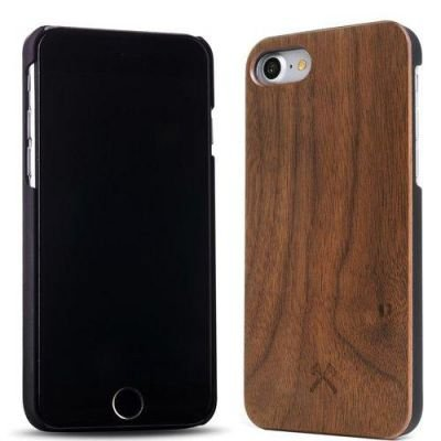 Woodcessories EcoCase Classic iPhone 7 walnut + black