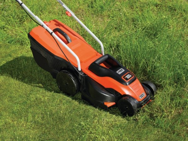 Black&Decker Kosiarka EMAX34s 1400W orange