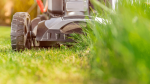 Narzędzia akumulatorowe do ogrodu – 7 sprzętów, które ułatwią Ci prace ogrodowe