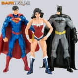 [CAF-156] Trinity War™ Zestaw 3 figurek Superman Batman Wonder Woman