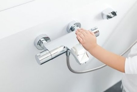 Oszczędzające baterie łazienkowe – jak działają?