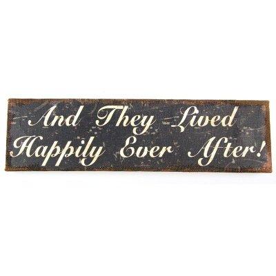 Obrazek poziomy - AND THEY LIVED HAPPILY