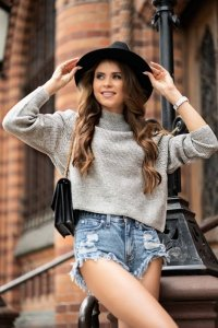 Moranis Light Grey sweter