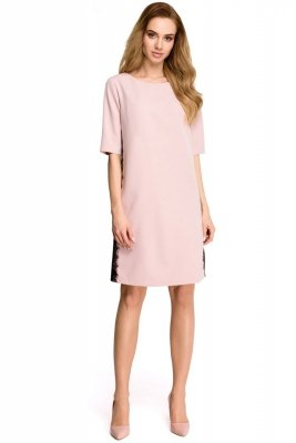S107 Sukienka z lampasem z koronki - puder