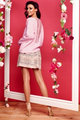 Sweter ze splotem na plecach LS242 pudrowy róż