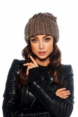 Oversizowa czapka z pomponem na zimę LC121 capucino
