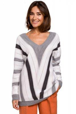 S218 Sweter w serek - szary