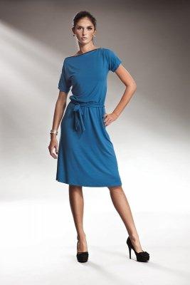Subtelna niebieska sukienka z zamkiem - S13