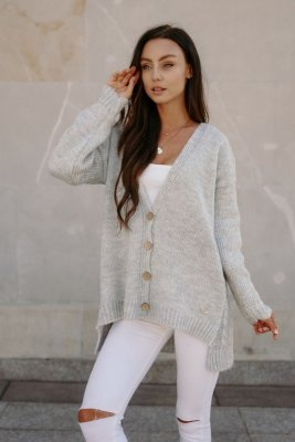 Sweter z guzikami i dłuższym tyłem LS307 jasnoszary