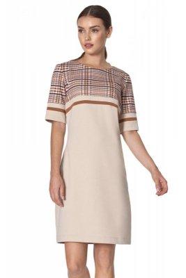 Prosta sukienka z kieszeniami w beżową kratę - S160