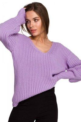 S268 Sweter w serek ze ściągaczem przy rękawach - lawendowy