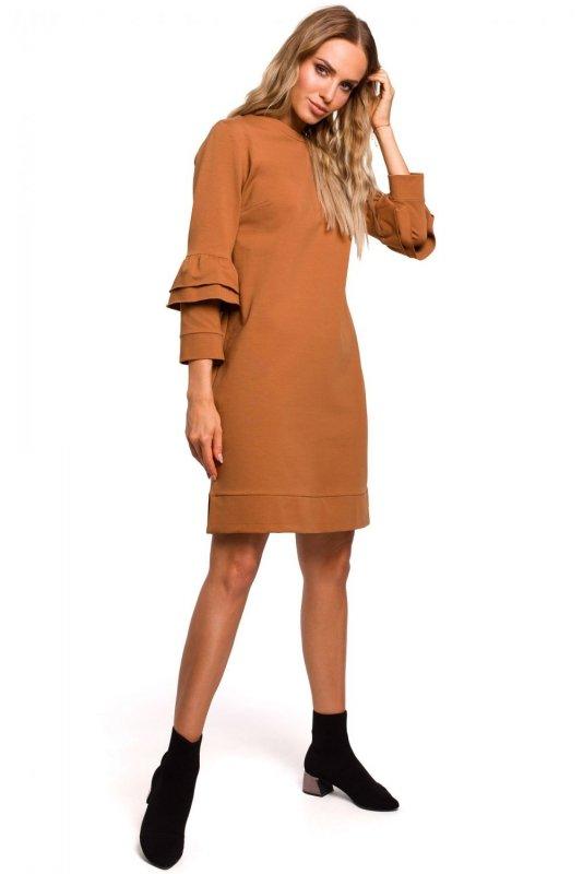 M446 Sukienka z falbankami przy rękawach gładka - karmelowa