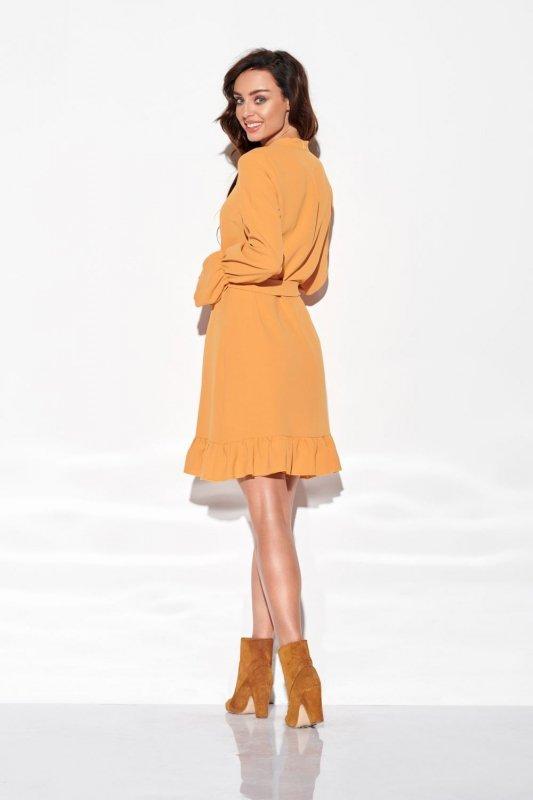 Sukienka z falbanką i wiązaniem przy szyi kolor L 317 kamel