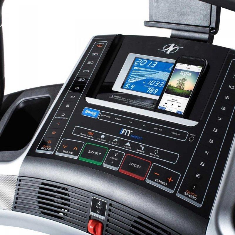 Bieżnia Elektryczna Incline Trainer X7i + Roczne członkostwo iFit