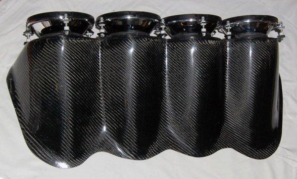 Elektrownia na maskę Renault Clio Sport Carbon