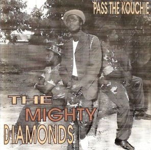 The Mighty Diamonds - Pass The Kouchie (CD)