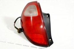 Lampa tył lewa Daihatsu Sirion M1 2001 5D