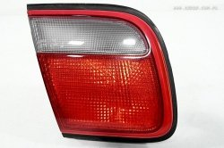Lampa w klapę lewa Mazda Xedos 9 1993- Sedan