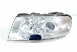 Reflektor lewy lampa przednia Skoda Superb 3U 2004 Sedan
