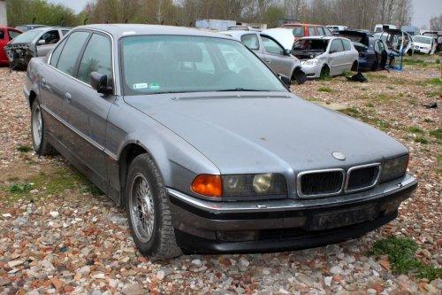 BMW 7 E38 1994 4.0 V8 M60B40 Sedan