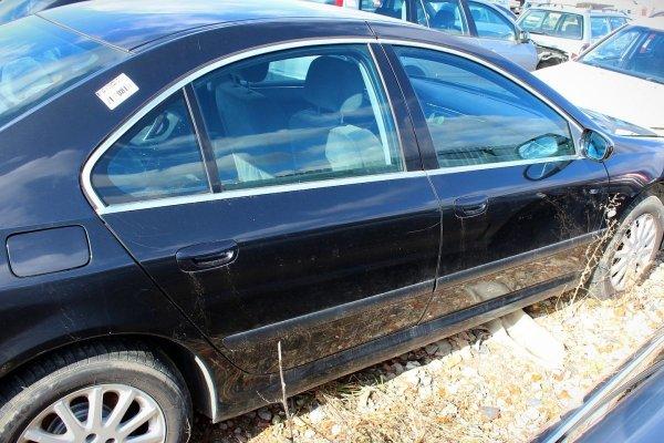 Błotnik przód lewy Peugeot 607 2003 Sedan