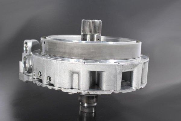 Pompa oleju obudowa sprzęgło A skrzyni biegów 8HP555 NVF Audi A7 C7 2012 3.0TDI