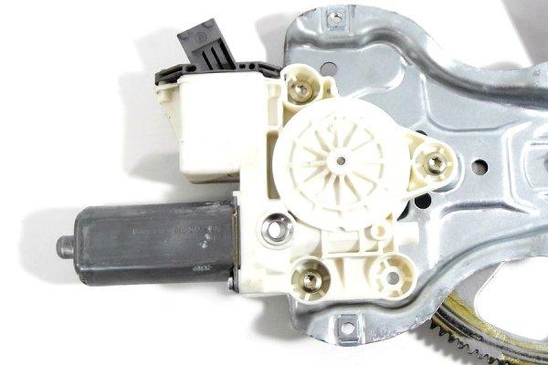 Podnośnik szyby przód lewy Toyota Avensis T25 2003-2008