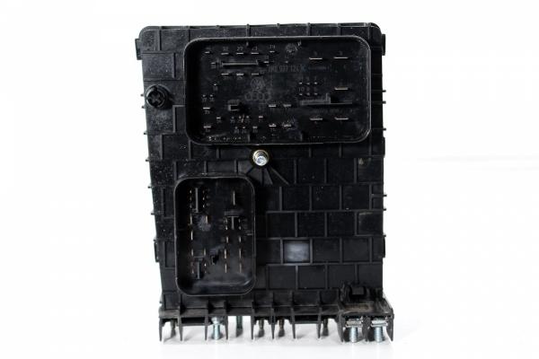 Skrzynka puszka bezpieczników VW Golf V 1K 2003-2008 1.6FSI