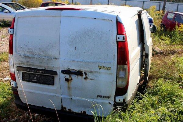 Podnośnik szyby przód lewy Mercedes Vito W639 2004 (elektryczny)
