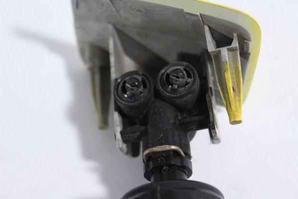 Spryskiwacz reflektora prawy Opel Zafira B 2006