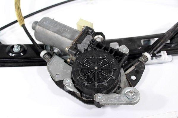 Podnośnik szyby przód prawy BMW 3 E46 1991-1998 Sedan Kombi (elektryczny)