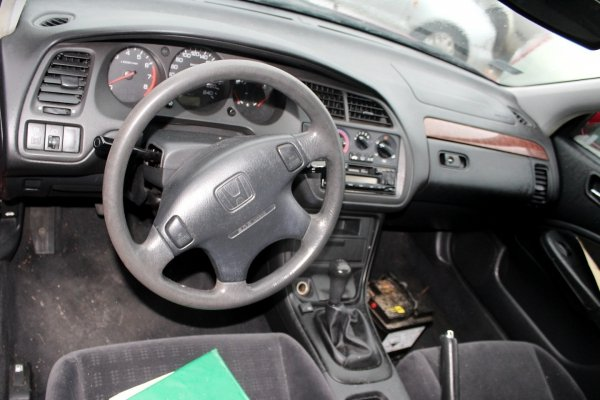 Reflektor lewy Honda Accord VI 2001