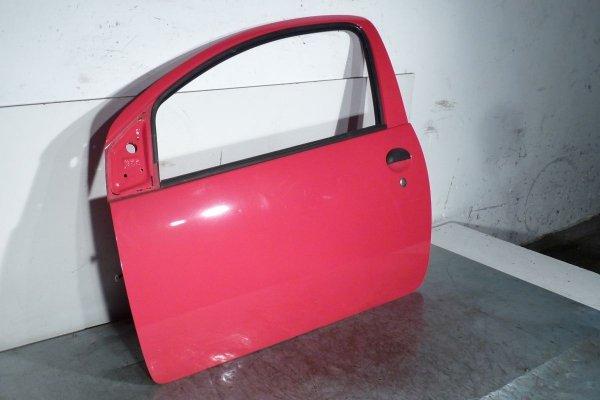Drzwi przód lewe Toyota Aygo B10 2005 (Kod lakieru: 3P0)