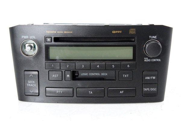 Radio oryginał - Toyota - Avensis - zdjęcie 1