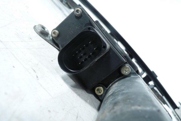 Podnośnik szyby przód prawy Volkswagen Lupo 2002 1.4i