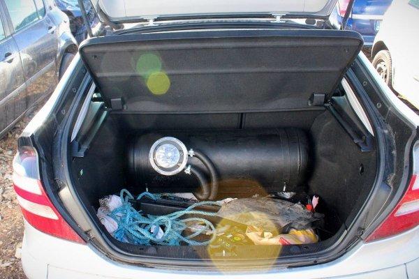Klapa bagażnika Mercedes C-klasa W203 2006 Coupe (Kod lakieru: 775)