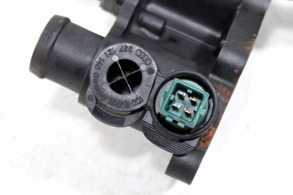 Obudowa termostatu Skoda Octavia 1U 1996-2004 1.6i 8V