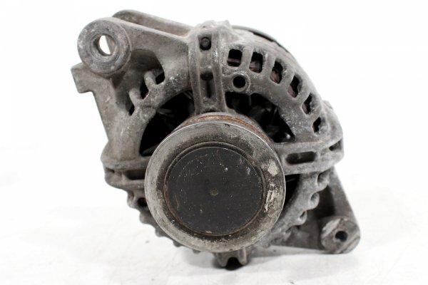 alternator - toyota - yaris - zdjęcie 4