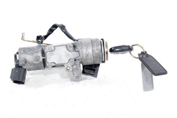 Stacyjka kluczyk - Toyota - Avensis - zdjęcie 2