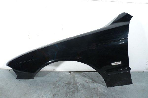 Błotnik przód lewy BMW 5 E39 2001