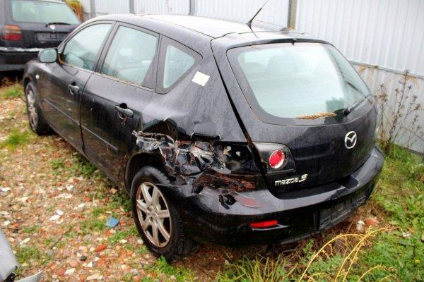 Mazda 3 BK 2005 1.3i Hatchback 5-drzwi