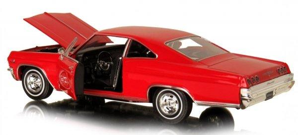 1965 CHEVROLET IMPALA SS 396 Auto Metal Welly 1:24