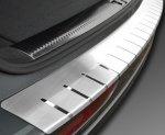VW GOLF VII 5D HATCHBACK od 2012 Nakładka na zderzak z zagięciem (stal)