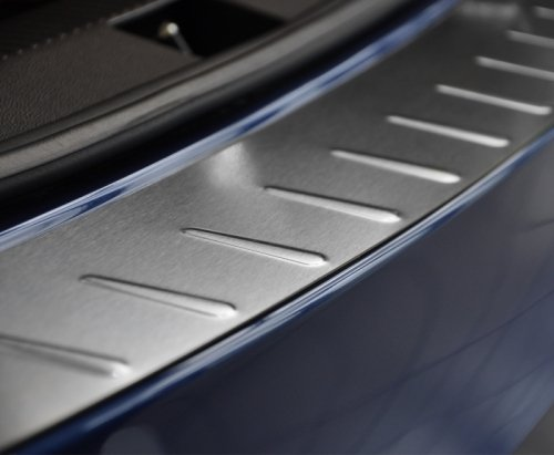 VW GOLF VII KOMBI od 2013 Nakładka na zderzak płaska tłoczona (stal)