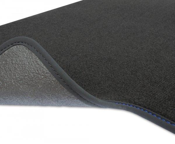 F2H00000 Dywaniki welurowe Premium SKODA SUPERB I 2001-2008 8 stoperów