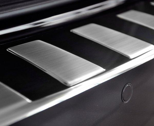 BMW X6 F16 od 2014 Nakładka na zderzak TRAPEZ Satin